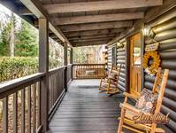 Pigeon Forge one bedroom honeymoon Cabin near Gatlinburg TN