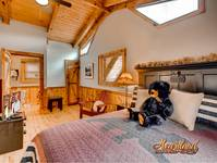 Bedroom with Queen Bed - Pigeon Forge cabin rentals