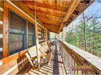Outdoor porch swing
