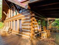 3 bedroom cabin located between Pigeon Forge and Gatlinburg