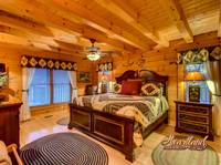 Bedoom of Bear Hug - 4 bedroom in Gatlinburg cabin rental
