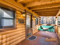 1 Bedroom Pet Friendly Cabin - convenient to Gatlinburg and close to Pigeon Forge