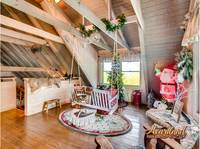 Upstairs loft area with swing and Christmas decorations