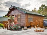 3 bedroom Pigeon Forge Rental Cabin near Dollywood