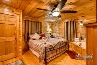Cuddlers Paradise Cabin Rental