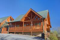 2 bedroom cabin near Pigeon Forge that sleeps 6