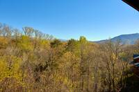 Mountain views from this affordable 2 bedroom cabin near Pigeon Forge