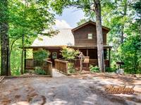 """Top of the World"" 2 bedroom Cabin near Gatlinburg and Pigeon Forge, Tennessee"