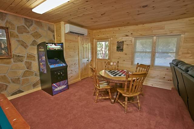 Heaven 39 S Porch 5 Bedroom Pigeon Forge Cabin