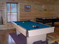 Lazy Bear Den - 5 bedroom Gatlinburg cabin