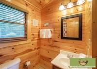 Majestic Manor - 3 bedroom Gatlinburg cabin