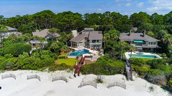 23 Red Cardinal Oceanfront Sea Pines 7 Bedroom Cabin Rental