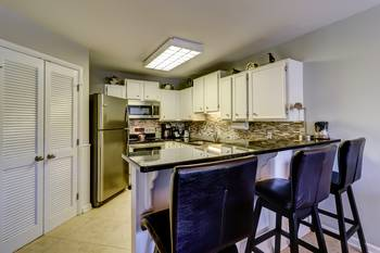 512 Oceanwalk 2 BR Forest Beach Condo 2 Bedroom Cabin Rental
