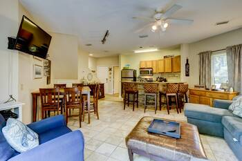 6 Ocean Breeze 3 BR Forest Beach Condo 3 Bedroom Cabin Rental