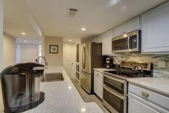 252 Stoney Creek 3 BR Condo Sea Pines  3 Bedroom Cabin Rental