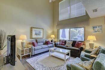 285 Stoney Creek 3 BR Condo Sea Pines  3 Bedroom Cabin Rental