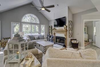 98 Shell Ring Sea Pines Hilton Head Home 3 Bedroom Cabin Rental