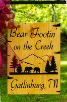 Bear Footin' On The Creek cabin