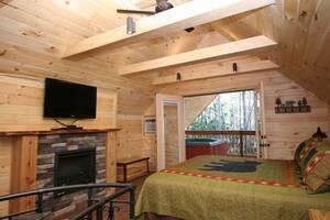 Cupid's Cabin cabin