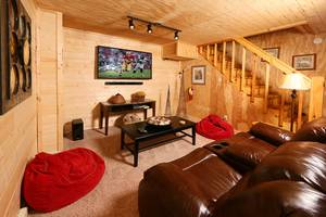 Downstairs Den, Large Flat Screen TV, Cable TV, Blu-Ray Player