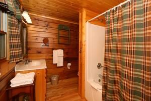 Full Bathroom on Main Floor