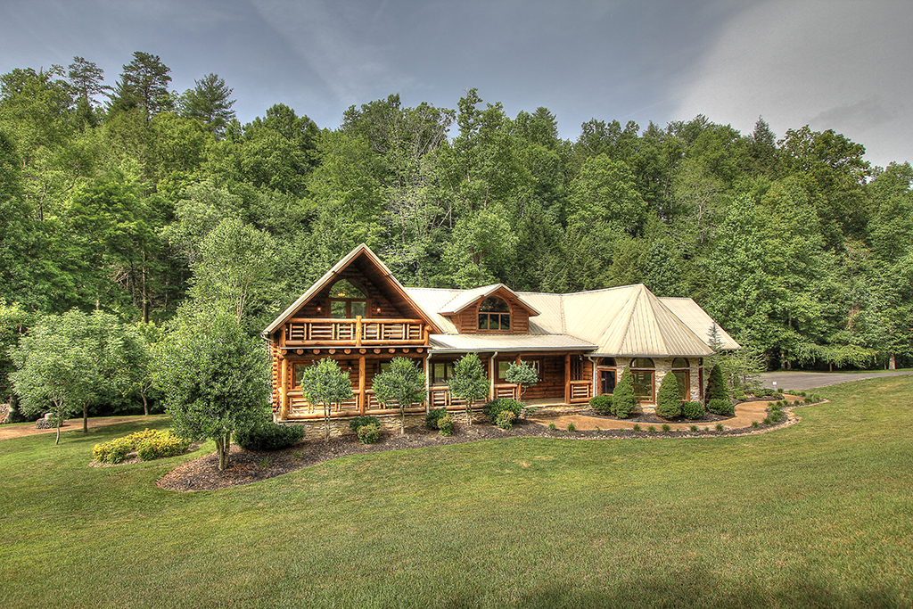 Creekside lodge 45 maples ridge cabin rentals for Cabin rentals in gatlinburg tn for large group