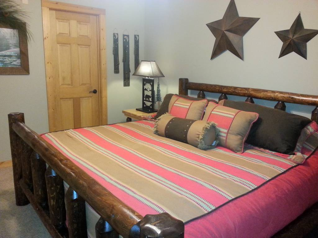 One Bedroom Cabins In Pigeon Forge Tn Pigeon Forge Cabin Rentals Sevierville Cabins Smokies Edge