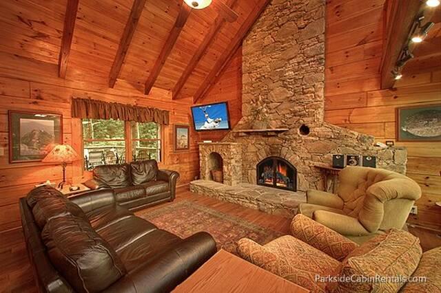 Up The Creek 4 Bedroom Cabin At Parkside Cabin Rentals