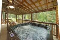 Hot Tub (back porch)