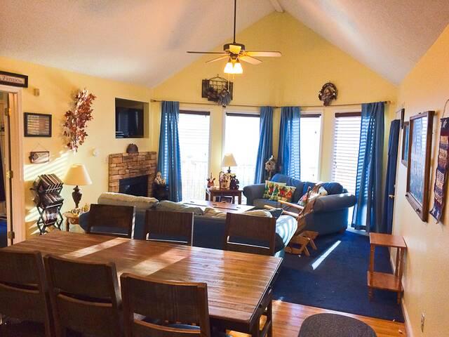 Birdhouse Inn Ski Mountain Chalets And Condos
