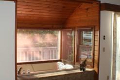 Gatlinburg chalet rental with a Jacuzzi.