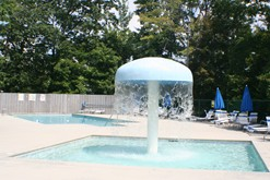 Gatlinburg condo rental with swimming pool access.