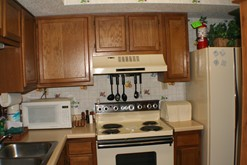 Gatlinburg condo rental with a fully equipped kitchen.