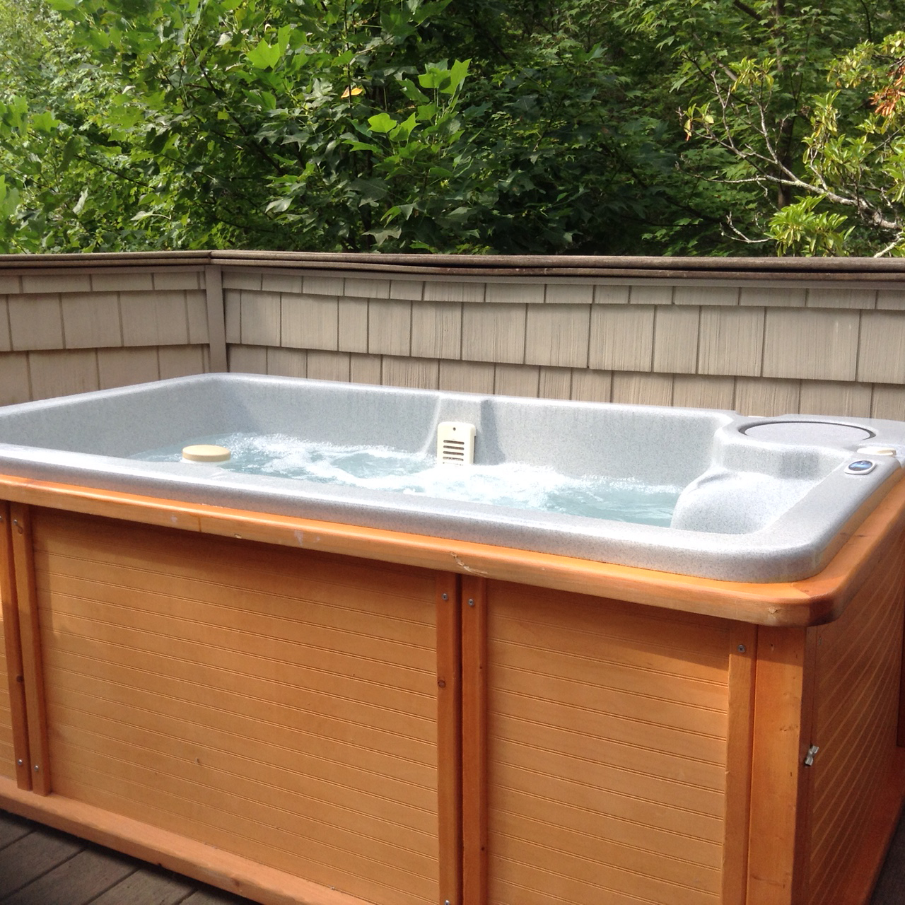 2 person hot tub on deck