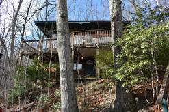A Mountain Hideaway 1 Bedroom Cabin Rental