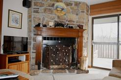 205 High Alpine Resort wood burning fireplace close to ski resort Ober Galtinburg