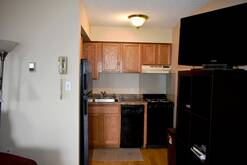 6104 Small Fully Equipped Kitchen
