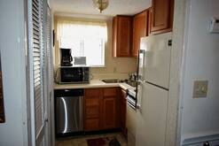 The Summit of Gatlinburg 8208 small fully equipped kitchen