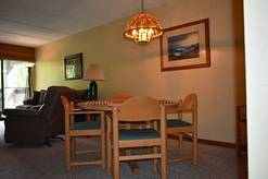 310 High Alpine Resort dining area