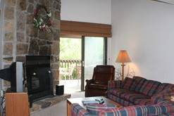 High Alpine Resort NON SMOKING  3 Bedroom Cabin Rental