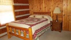 2 gone fishin 3 bedroom log cabin within walking distance to gatlinburg or great smoky mountain national park at Gone Fishing in Gatlinburg TN