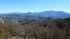 50 birdhouse inn 4 bedroom 4 bath chalet with incredible view at Birdhouse Inn in Gatlinburg TN