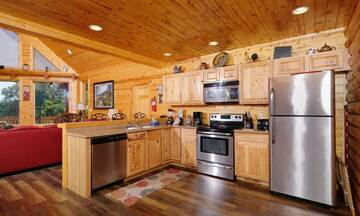 Cabin Rental with fully equipped kitchen for preparing snacks to holiday meals.