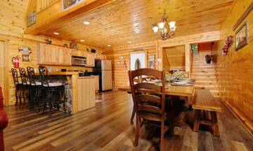 Large farm style in-cabin dining table.