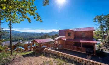 Pet friendly cabin rental with indoor pool and more for that perfect Tennessee Smoky Mountains getaway!