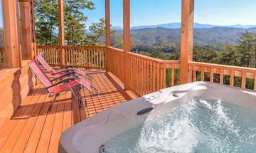 Faily sized hot tub with seemingly endless views of the Smoky Mountains.