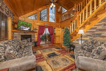Pigeon Forge 3 bedroom cabin with two fireplaces.