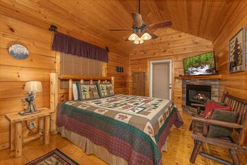 Master bedroom at your Smokies Pigeon Forge cabin.