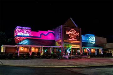 Eat dinner at The Hard Rock Cafe Pigeon Fore Tennessee.