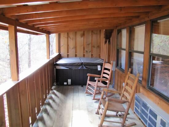 Cades Cove Hide Away 1 Bedroom Cabin Rental